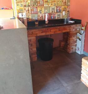 A kitchen or kitchenette at CASA AMPLA EM CONDOMINIO
