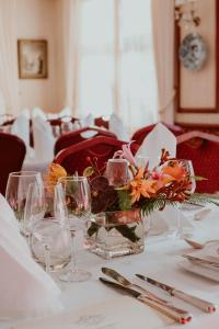 A restaurant or other place to eat at Hotel Pavillon Du Zoute