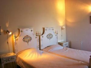 Uma cama ou camas num quarto em Monte Da Serralheira Agro Turismo