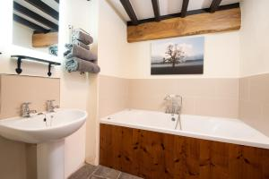 A bathroom at The Stables at Crossbutts
