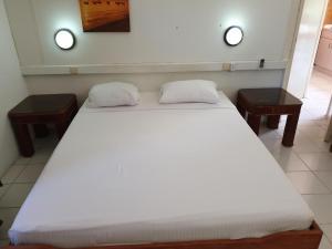 Cama ou camas em um quarto em Piscadera Bay Resort 52