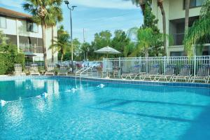 The swimming pool at or close to Club Wyndham Orlando International
