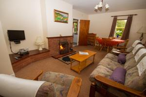 A seating area at Donegal Estuary Holiday Homes