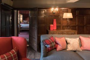 A seating area at The Lygon Arms Hotel