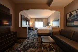 A seating area at DoubleTree by Hilton Denver International Airport, CO