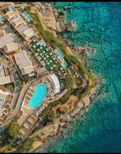 A bird's-eye view of Sea Side Resort & Spa