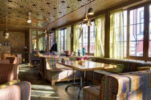 Ресторан / где поесть в Гостиница Парадная