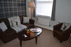 A seating area at Best Western Stoke on Trent City Centre Hotel