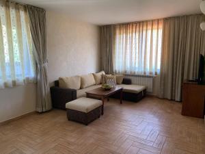 Кът за сядане в Хотел Св. Георги