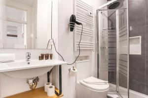 A bathroom at Genteel Home Acanthus