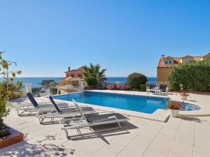 The swimming pool at or near Luxury Villa with Private Pool near Sea in Benalmadena