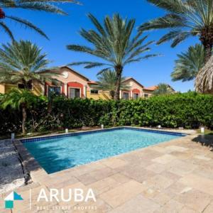 A piscina localizada em Gated Community Close to Famous Beaches ou nos arredores
