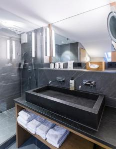 Ein Badezimmer in der Unterkunft Staudacherhof History & Lifestyle