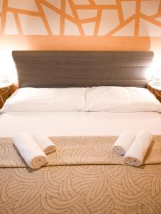 Postel nebo postele na pokoji v ubytování Exclusive Apartment Schönbrunn