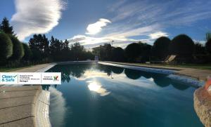 A piscina em ou perto de Villa Silene