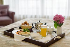 Breakfast options available to guests at Peter 1