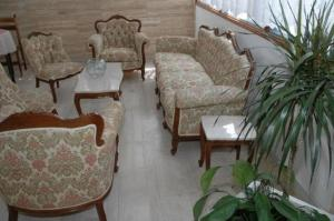 A seating area at Hotel Meltemi