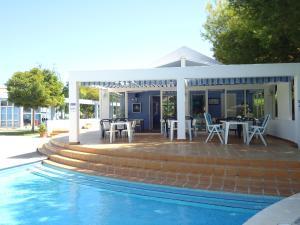 Бассейн в Club Ciudadela или поблизости