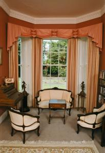 A seating area at Glebe Country House