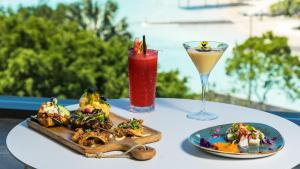 Lunch and/or dinner options for guests at Oaks Cairns Hotel