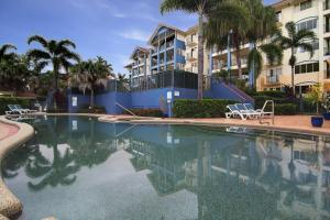 The swimming pool at or near North Cove Waterfront Suites