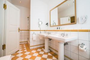 Ein Badezimmer in der Unterkunft Deidesheimer Hof