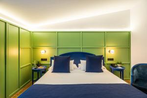 A bed or beds in a room at Intur Castellon