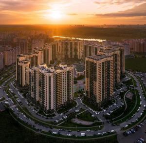 A bird's-eye view of GoldenKey Apartment