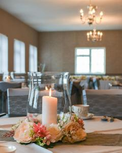 A restaurant or other place to eat at Conwy Valley Hotel
