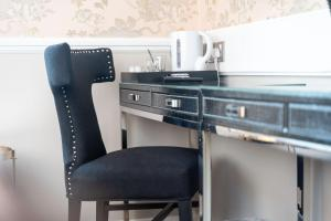 A kitchen or kitchenette at Guildford Manor Hotel & Spa