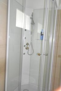A bathroom at House with one bedroom in Vittoria with WiFi