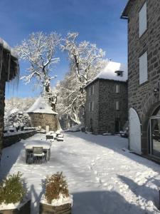 Château du Puech during the winter