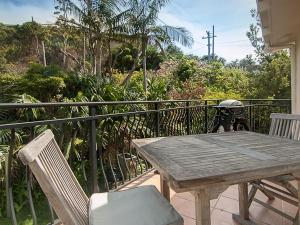 A balcony or terrace at Middles - Villa Manyana 02