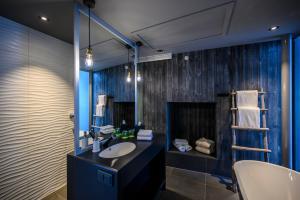 A bathroom at Hamn i Senja