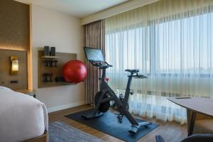 The fitness center and/or fitness facilities at The Westin O'Hare
