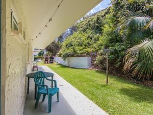 A garden outside Villa Manyana Unit 28