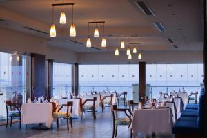 Ресторан / где поесть в Тропитель Сахль Хашиш