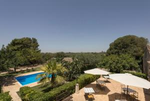 A view of the pool at Apartment with 2 bedrooms in Chiaramonte Gulfi with shared pool and WiFi or nearby