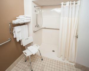 A bathroom at Northfield Inn Suites and Conference Center