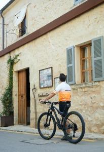 Montar en bicicleta en Can Joan Capo - Adults Only o alrededores