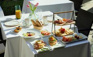 Opciones de desayuno disponibles en Can Joan Capo - Adults Only