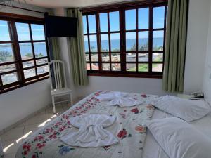 Uma vista do mar tirada do hotel