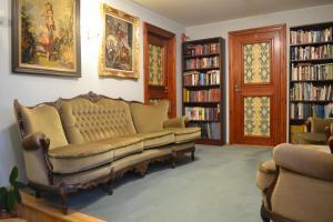 Hotelli raamatukogu