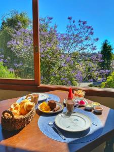 Breakfast options available to guests at Pousada Flor De Canela