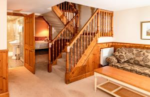 A seating area at Hotel Eilean Iarmain