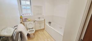 A bathroom at A Beautiful Boutique 2 Bed Ensuite Apartment
