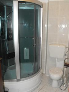 A bathroom at Hotel Bliss