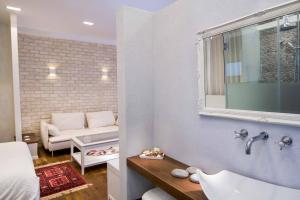 Kopalnica v nastanitvi Haifa Luxury Boutique Apartments