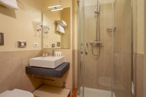 Salle de bains dans l'établissement Hotel Mozart