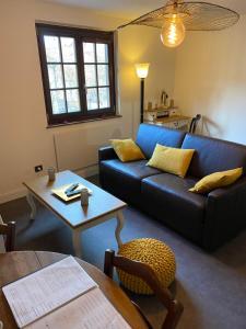 Ein Sitzbereich in der Unterkunft Suites Residences Spa